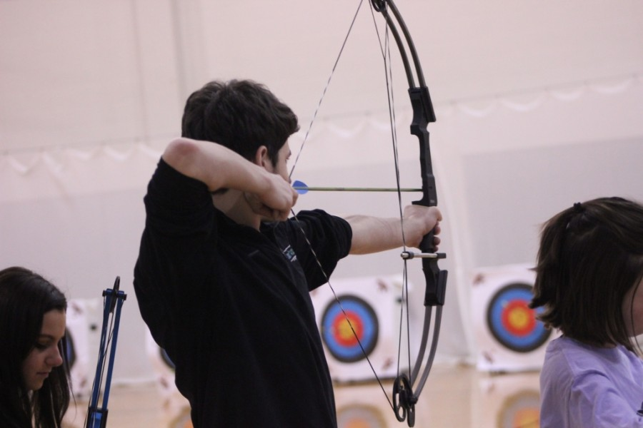 The+Trinity%2FMercy+archery+team+prepares+for+Saturday%27s+regional+tournament+at+Fern+Creek+High+School+%289+a.m.+to+5+p.m.%29.++