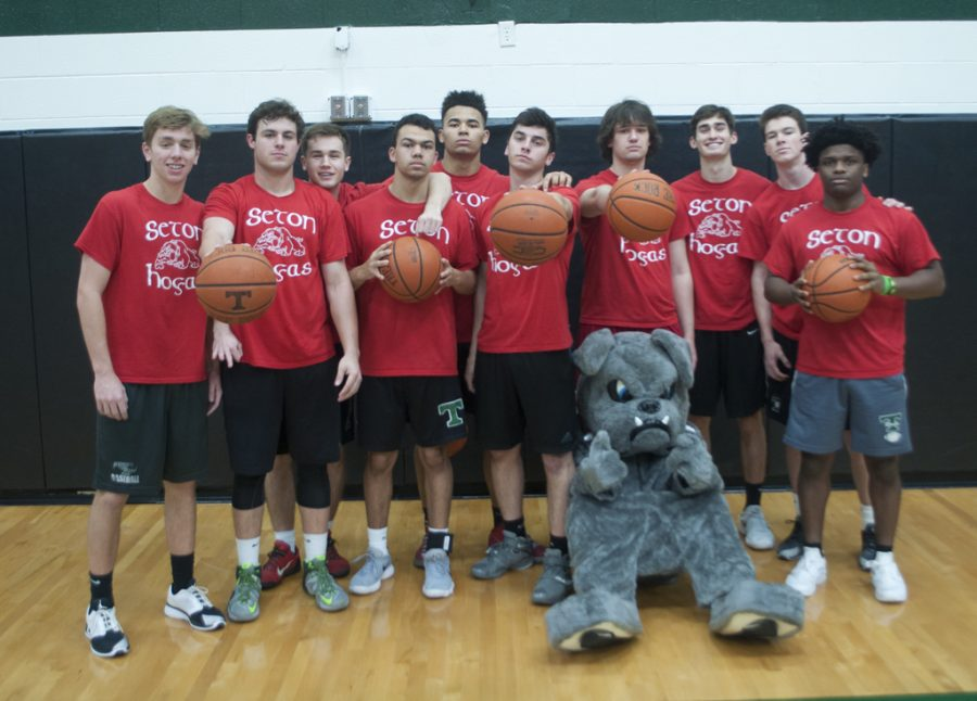 Seton+defeated+Becket+61-38+in+the+House+intramural+basketball+championship+game.+