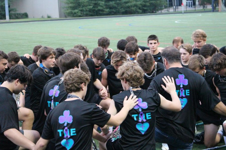 The+Rocks+lacrosse+team+played+the+annual+game+against+Sacred+Heart+Academy+to+fight+cancer.+