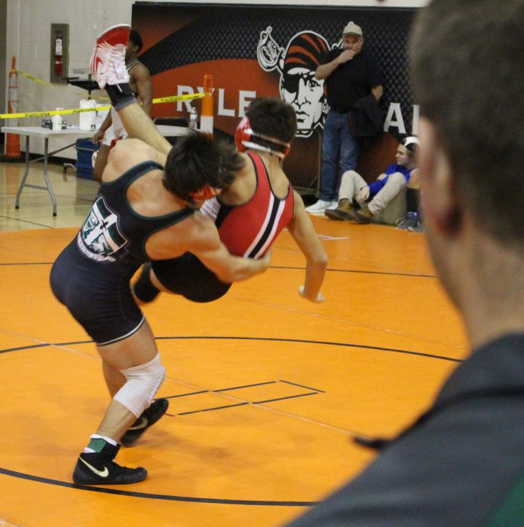 Rocks Wrestling with Intensity, Pushing for Strong State Finish