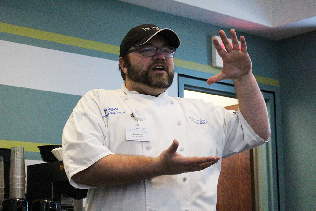 Trinity 2004 alumnus Chef Jon Bufford spoke with the school's Culinary Club.