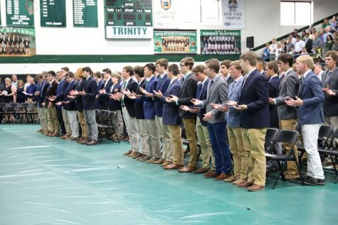 Junior Class Mass Sets Tone for Leadership Transition