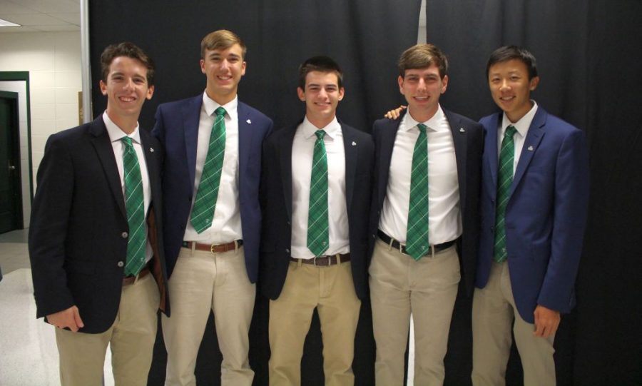The+five+Senior+Class+officers+are+ready+to+begin+the+annual+Opening+Mass+--+Nicholas+Pesce%2C+Colin+Grimm%2C+Isaac+McQuillen%2C+Will+Kempf%2C+Michael+Chou