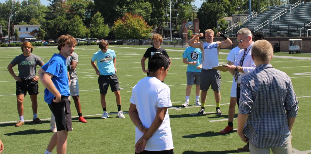 The+Rocks+competed+in+the+House+Soccer+Kick+Contest+Sept.+5+during+advising.+