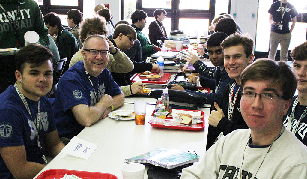 The House Unity Day allowed faculty and students to enjoy a meal and some conversation.