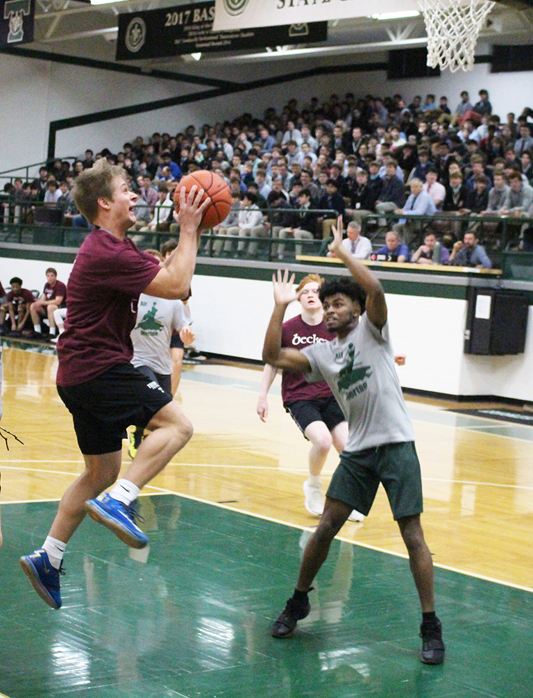 Merton and Becket battled for the House  Intramural Basketball Championship.